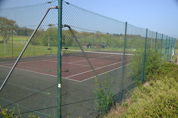 Court de Tennis 0